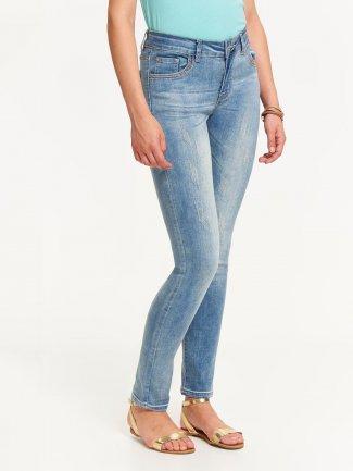modne spodnie damskie jeansowe
